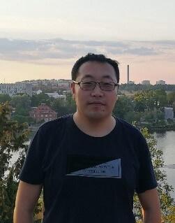 Risheng Liu